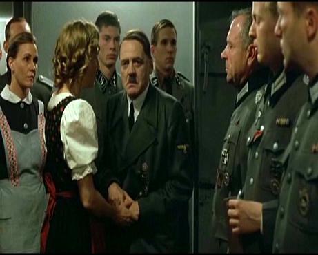 Pád Třetí říše – první filmová recenze